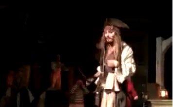 Johnny Depp Surprises Disneyland Goers On The Pirates Of The Caribbean Ride