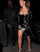 1522022075 110 rihanna leggy candids in inglewood - Rihanna Leggy Candids in Inglewood
