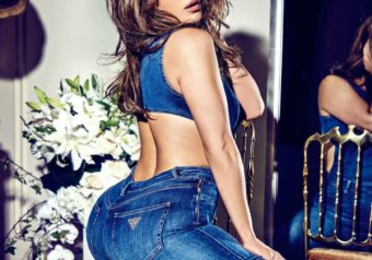 1522124286 952 jennifer lopez for guess jeans on instagram - Jennifer Lopez for Guess Jeans on Instagram